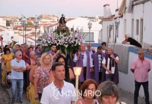 Borba: Centenas de fiéis acompanharam o Senhor Jesus dos Aflitos até à Igreja Matriz. A RC mostra-lhe as fotos