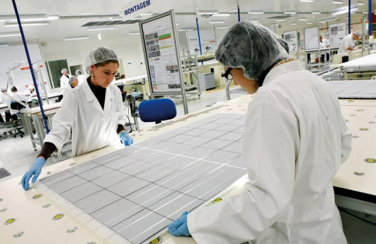 Fábrica de painéis solares de Moura desperta interesse de ingleses