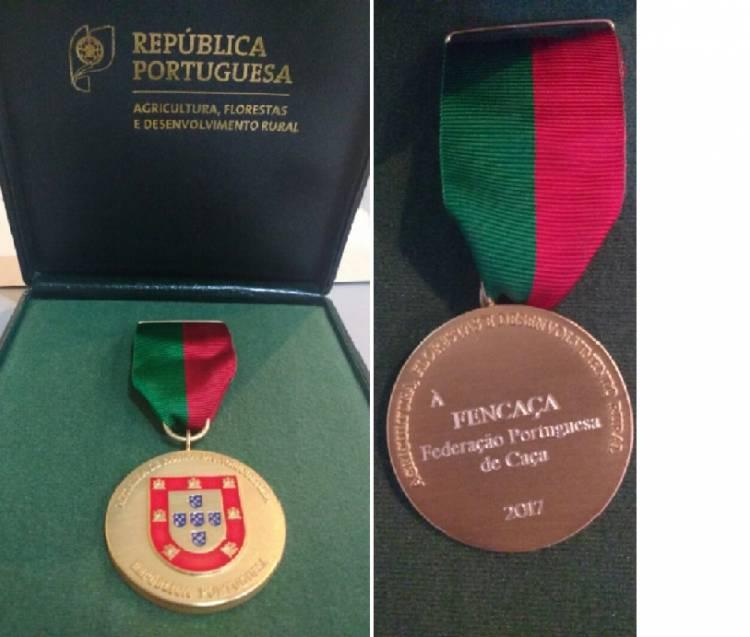 FENCAÇA distinguida com  Medalha de Honra
