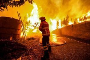 Um terço dos Bombeiros de Mourão não pode combater incêndios por falta de equipamento (c/som)