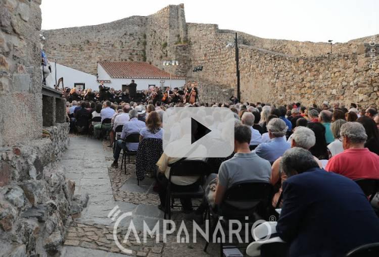 """Veja o vídeo do concerto da Orquestra do Teatro Nacional de São Carlos """"Viva Italia"""" em Marvão com a presença do Presidente da República"""