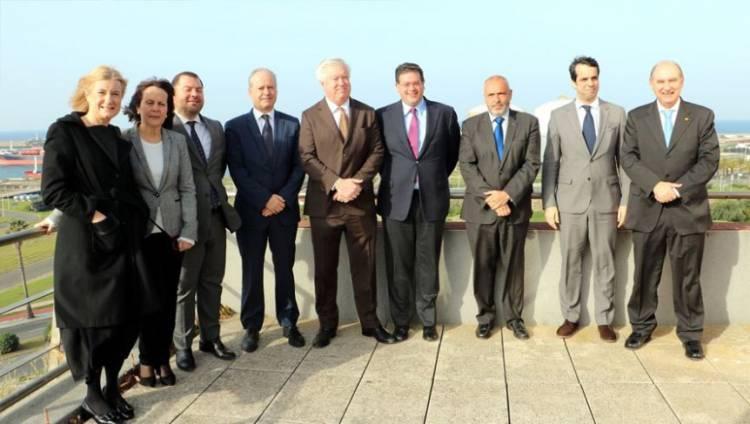 Porto de Sines apresenta oportunidades de negócio ao embaixador dos Estados-Unidos