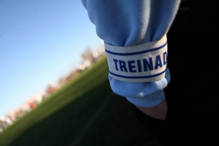 Cabrela faltou ao jogo da taça por abandono do treinador da equipa, diz o presidente do clube (c/som)
