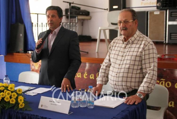 """Aposta na cultura para """"ganhar a batalha do progresso e desenvolvimento"""", diz Manuel Condenado no V Encontro de Poetas Populares (c/som e fotos)"""