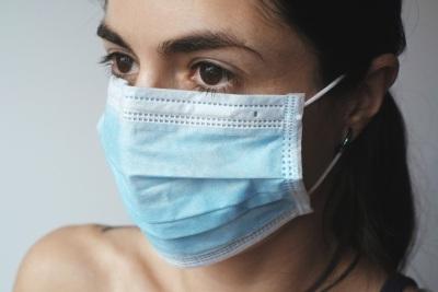 A partir de amanhã, será obrigatório o uso de máscara em espaços fechados e ao ar livre na Extremadura Espanhola