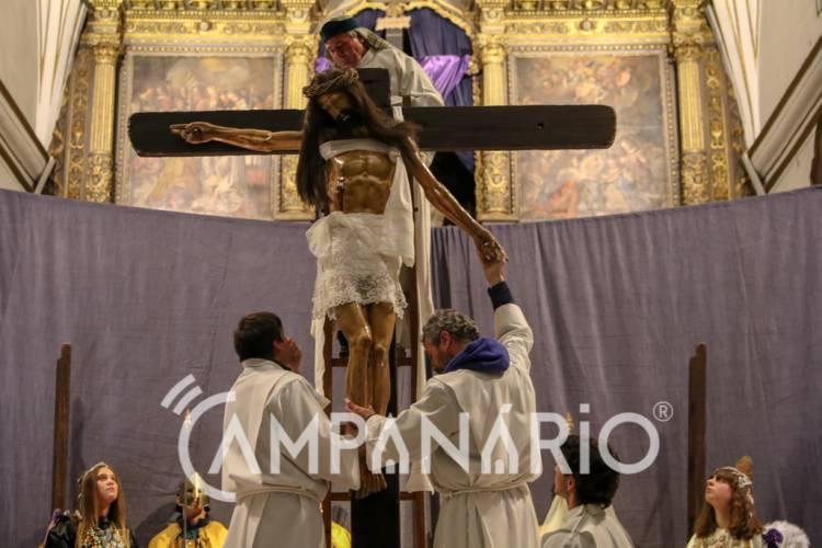 """""""Descida da Cruz"""" e Procissão do Enterro do Senhor em Vila Viçosa (c/fotos)"""