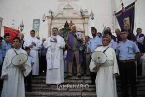 Centenas de pessoas acompanharam a solene procissão em Borba (c/fotos)