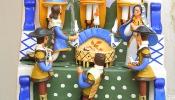 Com vestes alentejanas os bonecos de Estremoz, tornam o Presépio de Altar singular