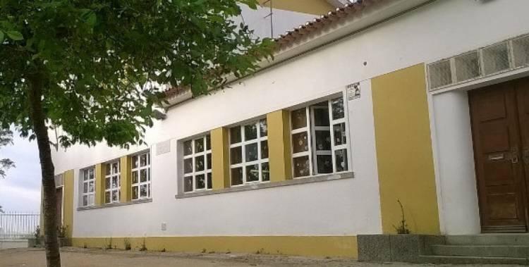 Évora: Escola primária funciona com apenas uma auxiliar para 70 alunos