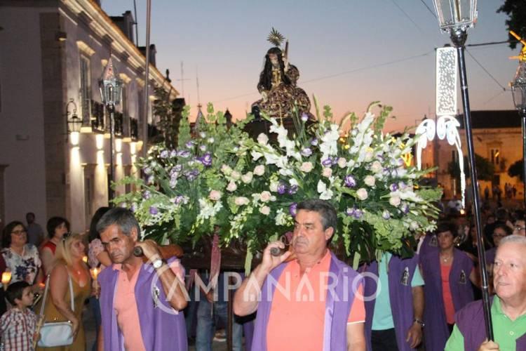 Borba: Centenas de fiéis acompanharam o Senhor Jesus dos Aflitos até à Igreja Matriz (c/fotos)