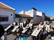 Barbacena: Mais de uma centena de foliões desfilaram no IV desfile de instituições (c/fotos)