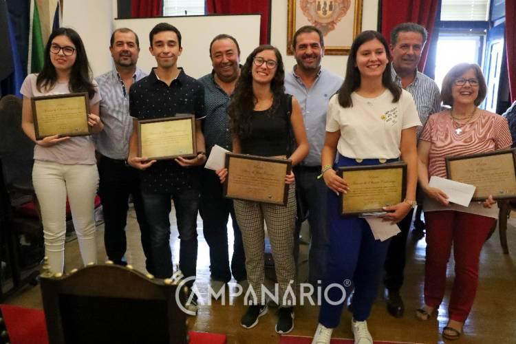 Município de Vila Viçosa entregou prémio Florbela Espanca e galardões escolares. A RC mostra-lhe as fotos (c/som)