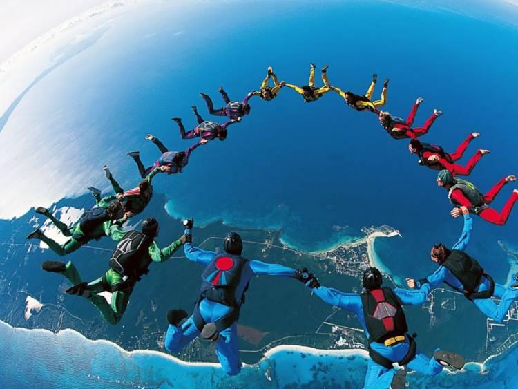 Paraquedistas vão tentar estabelecer recorde nos céus de Évora
