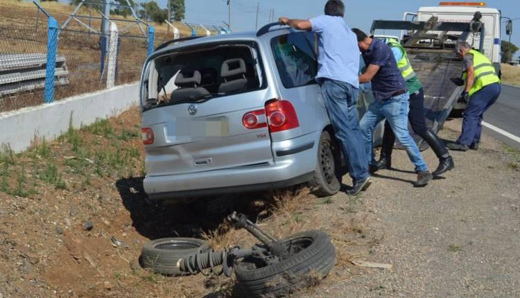 Avaria mecânica em carro descaracterizado da PSP provoca despiste e fere dois agentes no Alentejo