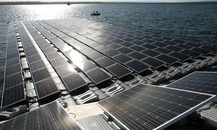 Alqueva vai ter a primeira central fotovoltaica de grande dimensão em estrutura flutuante do país em 2019