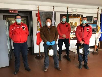 Carmim entregou hoje gel desinfetante às associações de Reguengos de Monsaraz