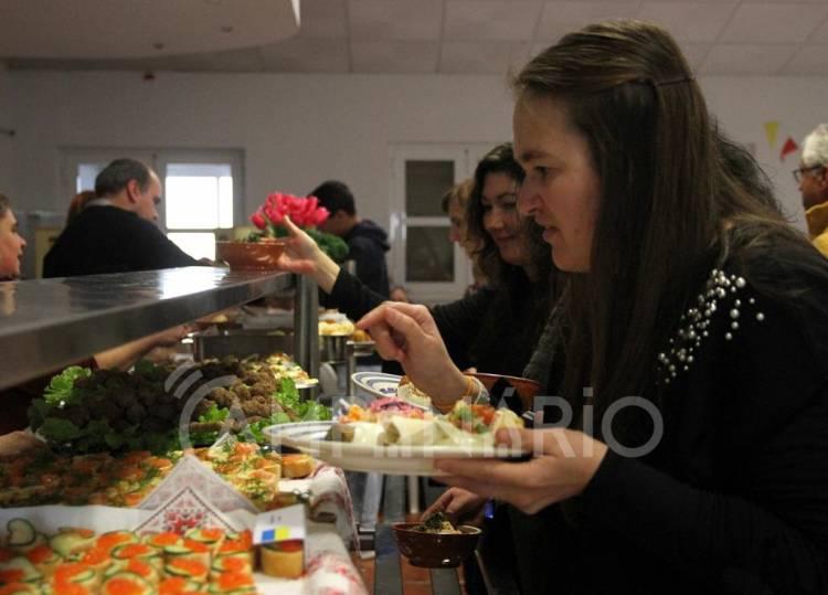 "Redondo: ""Saberes e Sabores de Outras Gentes"" chegou ao final com mostra gastronómica das comunidades participantes (c/fotos)"