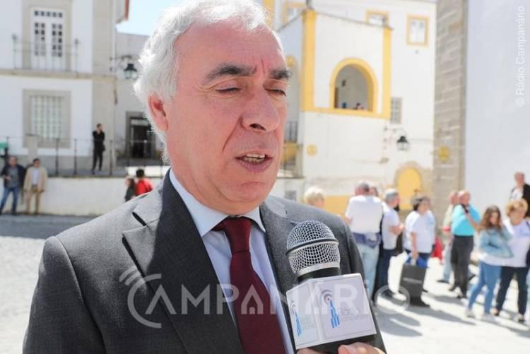 Autarquia de Évora contrai empréstimo de substituição do PAEL que irá reduzir 10% à dívida do município (c/som)