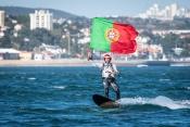 Recordista mundial de Kitesurf é o novo embaixador da Estação Náutica de Moura