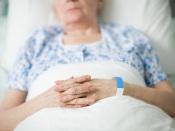COVID-19: Ordem dos Advogados vai averiguar mortes em lares de idosos