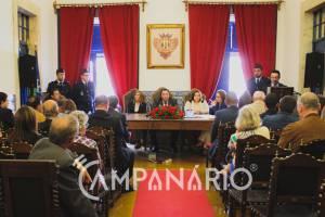 25 de Abril na Assembleia Municipal de Vila Viçosa foi marcado por apelos ao consenso e várias críticas a todas as forças políticas (c/som e imagens)