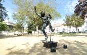"""Câmara Municipal de Montemor-o-Novo apresenta """"Estátua Viva"""", por Samuel Querido"""