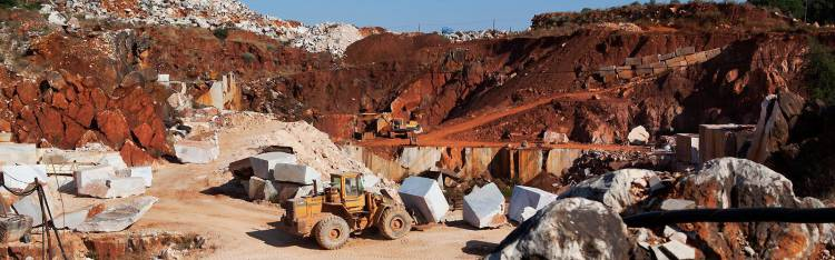 """Se a greve não se resolver o setor dos mármores pode parar o que """"representa prejuízos avultados"""", diz representante de empresa (c/som)"""