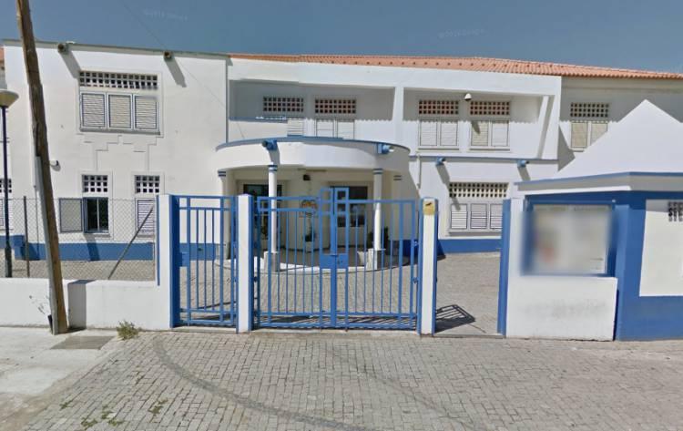 """""""Os miúdos começaram a ter medo de ir para a escola"""" por desacatos provocados por """"uma família de etnia cigana"""" em Mourão, diz deputado da A.M. do PSD (c/som)"""