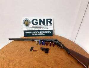 GNR detém idoso de 91 anos por posse ilegal de armas em Grândola