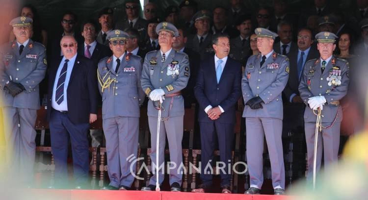 Falta de progressão na carreira afasta jovens da vida militar, diz General Rovisco Duarte no aniversário do RC3 em Vila Viçosa (c/som e fotos)