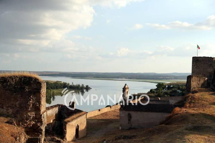 Município de Alandroal investe 110 mil euros em estudo para recuperação da muralha de Juromenha, avança autarca (c/som)