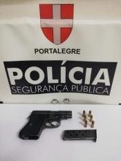 PSP de Elvas interceta homem de 59 anos que alegadamente 'puxou' de arma de fogo em discussão no trânsito