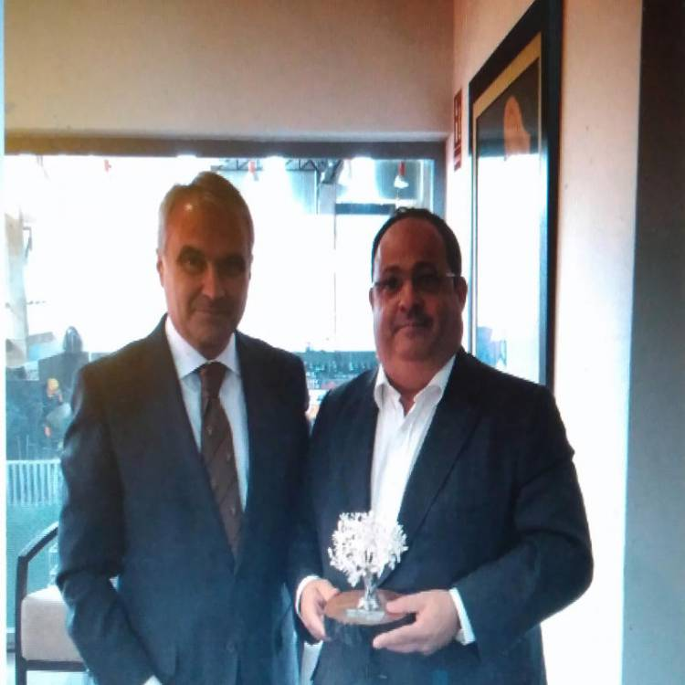Badajoz: O  Deputado Pedro do Carmo foi um dos agraciados com o Prémio Ibérico FECIEX 2019