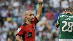 Futebol: Luís Godinho nomeado para o VAR do Braga - Sporting