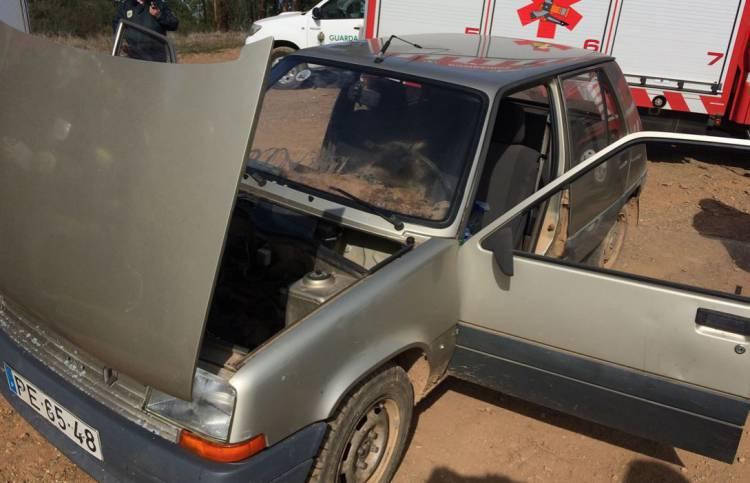 ÚLTIMA HORA: Veículo incendeia-se entre Bencatel e Redondo (c/fotos)