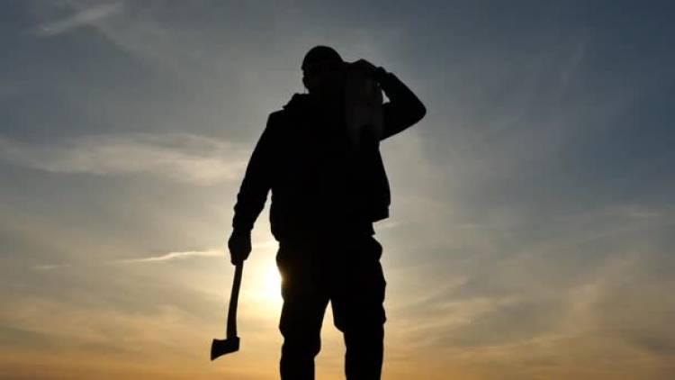 Prisão preventiva para homem que agrediu outro à machada em Torre de Coelheiros (Évora)