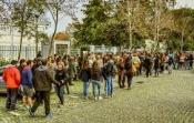 """Protestos de hoje na André de Gouveia em Évora reclamam mais funcionários. João Oliveira diz que """"faltam 22 auxiliares e é o caso mais dramático"""" (c/som)"""