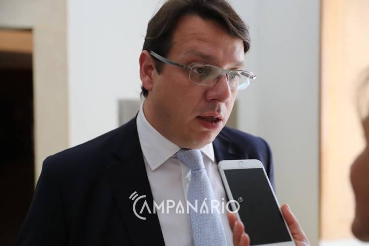 """Estado tem """"vários instrumentos à disposição"""" onde pode cabimentar Barragem do Pisão, diz deputado Luís Testa (c/som)"""