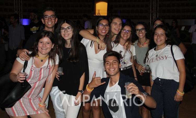 """I Semana da Juventude trouxe """"muita cor"""" a Estremoz (c/som e fotos)"""