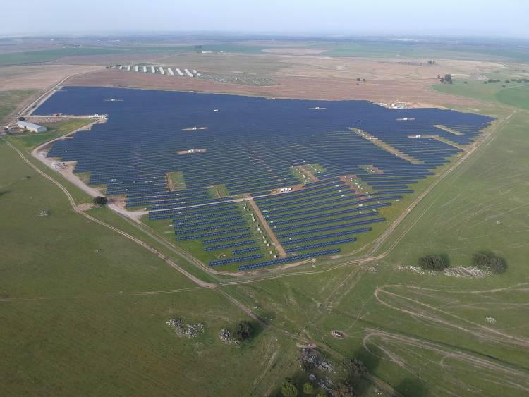 Central fotovoltaica de Évora entrou em funcionamento num investimento privado de 20 milhões de euros