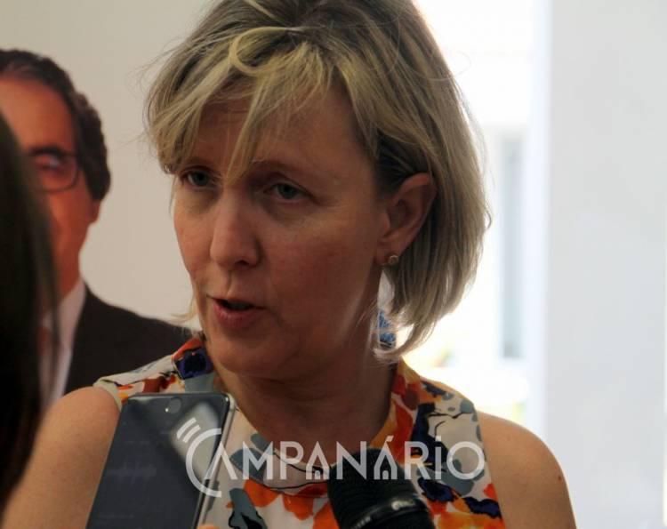 Maria Luís Albuquerque falou à Rádio Campanário sobre incêndio de Pedrógão Grande (c/som)