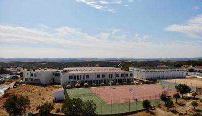 Município de Alandroal e Ministério da Educação assinaram acordo para conclusão da Escola Básica Diogo Lopes de Sequeira, um investimento de 2 milhões de euros.