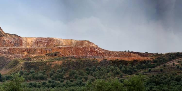 Terrenos excluídos da Reserva Ecológica de Sousel para exploração por pedreira (c/dados)