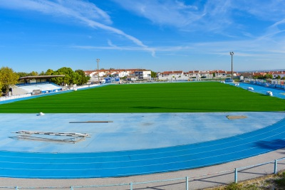 Município de Borba investe cerca de 140 mil euros no novo relvado sintético do Parque Desportivo de Borba!