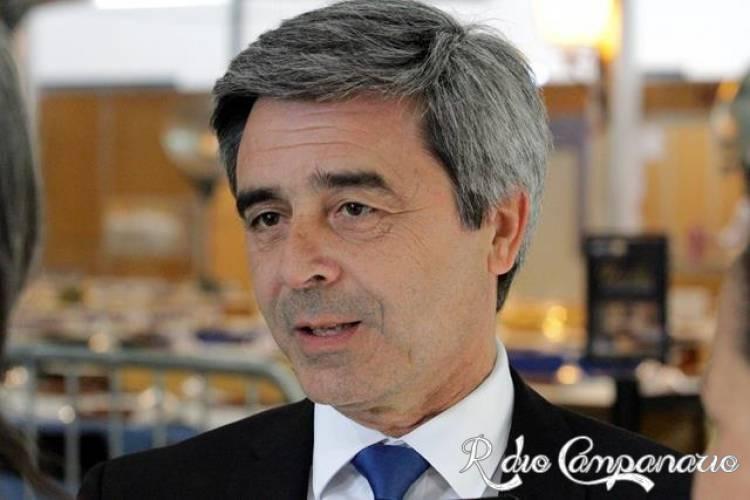 """Governo e municípios procuram """"consenso"""" para transferência de competências, diz deputado socialista á RC (c/som)"""