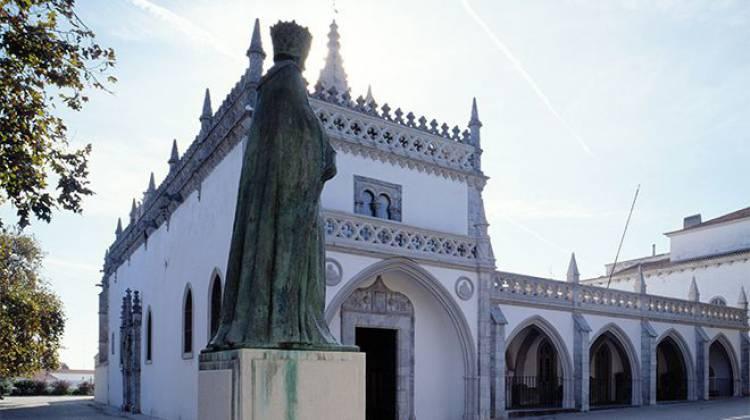 Autarcas aprovam transferência do Museu Rainha D. Leonor para a Direção Regional de Cultura