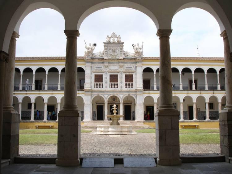 Estudantes universitários de Évora decidiram acabar com garraiada na Queima