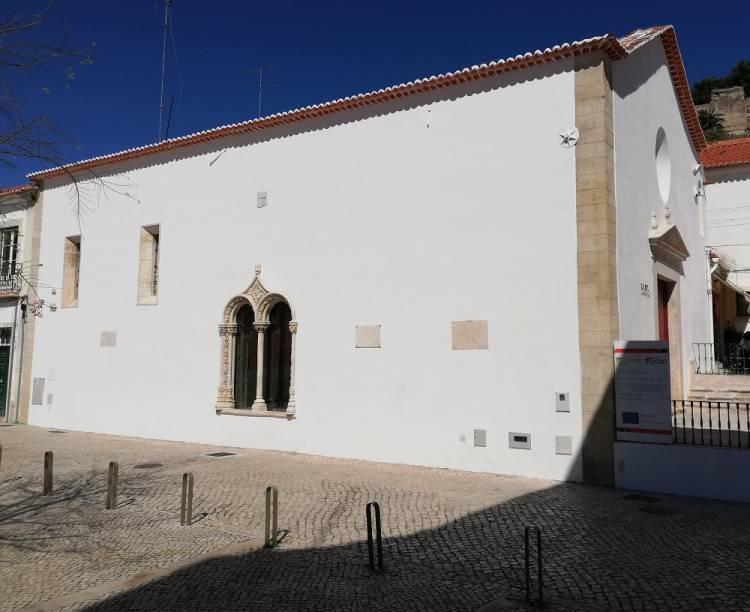 """Museu Pedro Nunes retrata a """"história de Alcácer do Sal, de Portugal e das Civilizações"""", diz arqueóloga Marisol Ferreira (c/som)"""