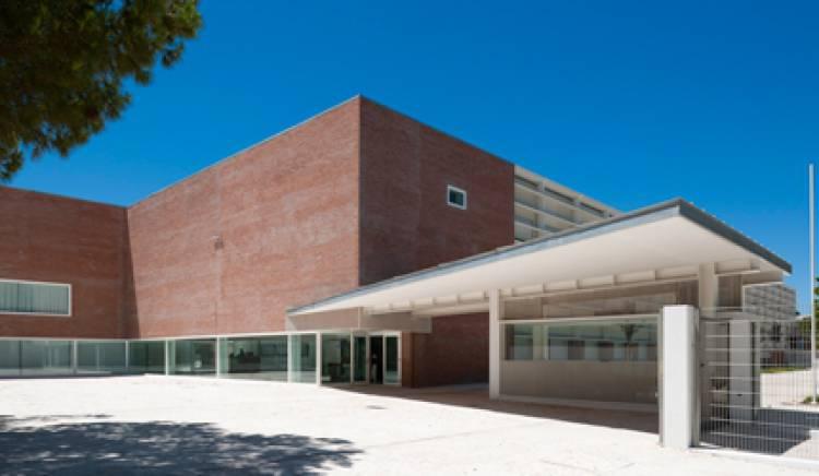 """Exames decorrem """"dentro da normalidade"""", na Escola Secundária de Vila Viçosa, sem adesão dos professores à greve, diz Diretor do Agrupamento (c/som)"""