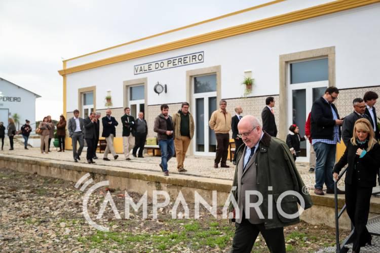 Campanário TV: Apeadeiro abandonado em Arraiolos convertido em fábrica de figos-da-índia